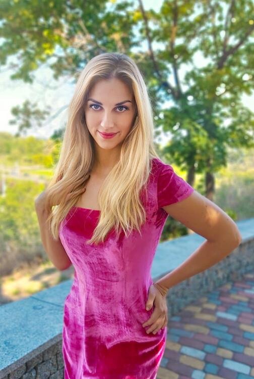Kristina pretty brides international beauty academy